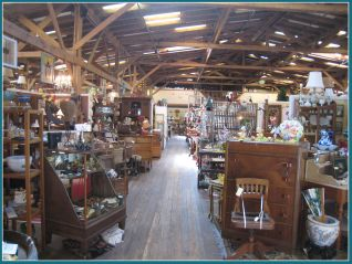 IMG_6223 ANTIQUE MALL-2