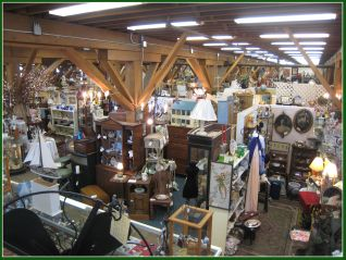 IMG_6224 ANTIQUE MALL-3